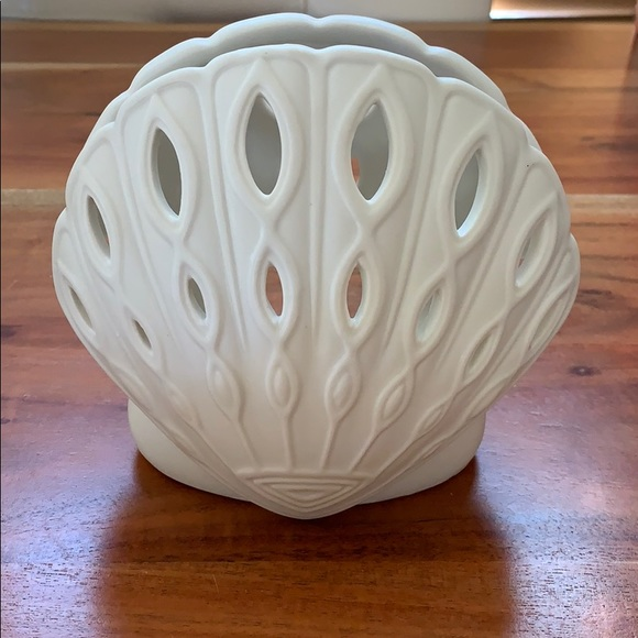 Yankee Candle Shell Ceramic Tealight Candle Holder